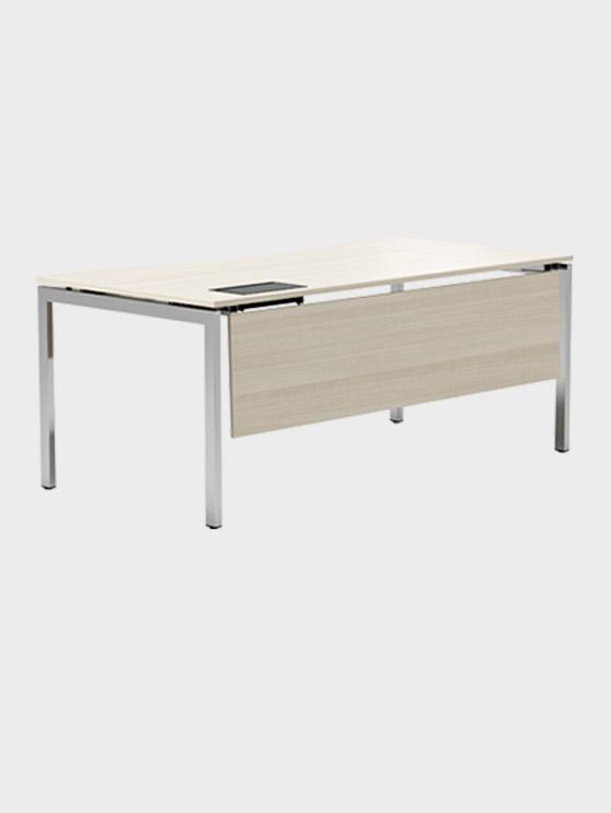 Skrivbord och arbetsbord för kontoret   Kinnarps